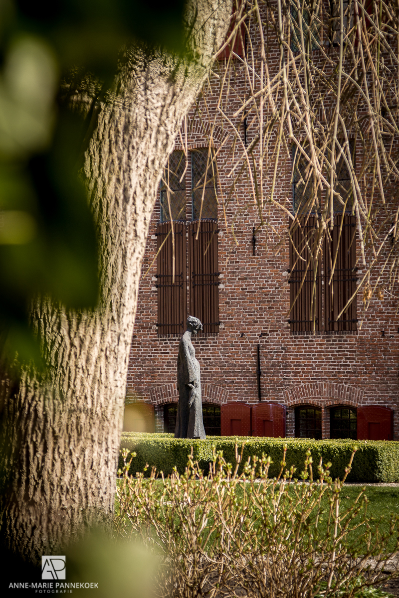 Kloostertuin beeld in Elburg
